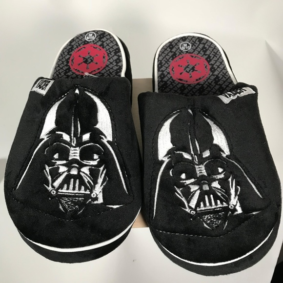 5b4fbf95d4c STAR WARS Darth Vader Slippers Men Size 9 10 NWT
